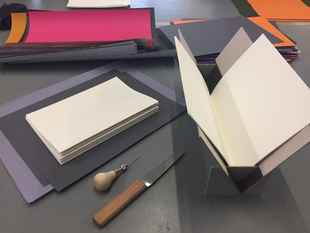 Bookbinding-Paper-signatures-before sewing