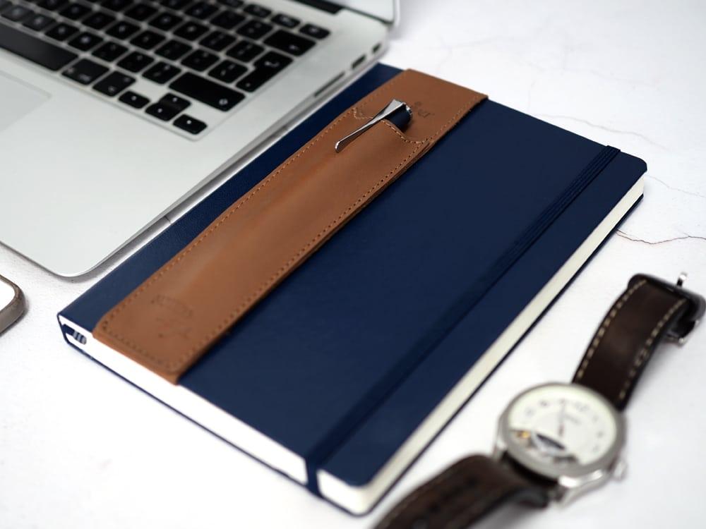 Leather-branded-pen-holder