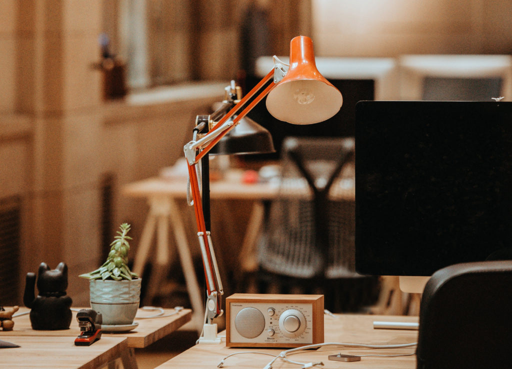 orange-desk-lamp-desk-accessories