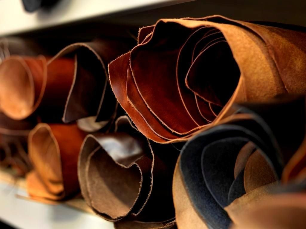 leather-promotional-products-leather-samples