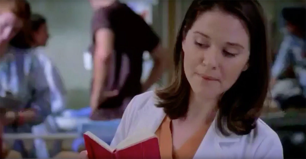 Greys anatomy red notebook Moleskine notebook on-screen sightings